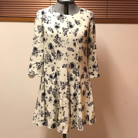 100% silk flower print dress - club Monaco